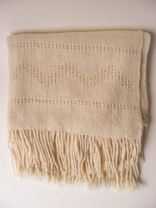 chal_alpaca_arriba_blanco_wool_shawl